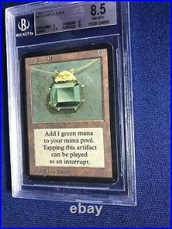 MTG ALPHA P9 R A MOX Emerald PSA 8.5 NM-MT+ Original English Release 1993