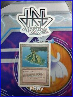 Vintage Magic MTG Revised Volcanic Island, MINT, BGS/PSA Gradable NO RESERVE